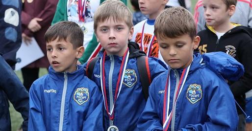 Команда «Росич» из Московского победила «Смену». Фото: официальная страница клуба в социальных сетях