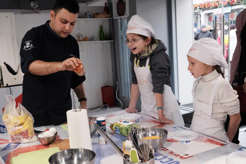 Кулинарному делу обучили девочек из Филимонковского детского дома-интерната. Фото: архив