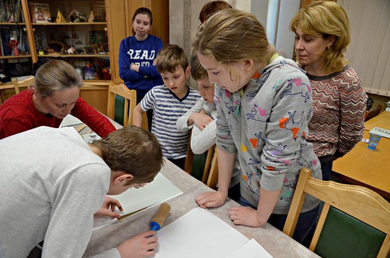 Сотрудники библиотеки Сосенского проведут интеллектуальную викторину. Фото: архив