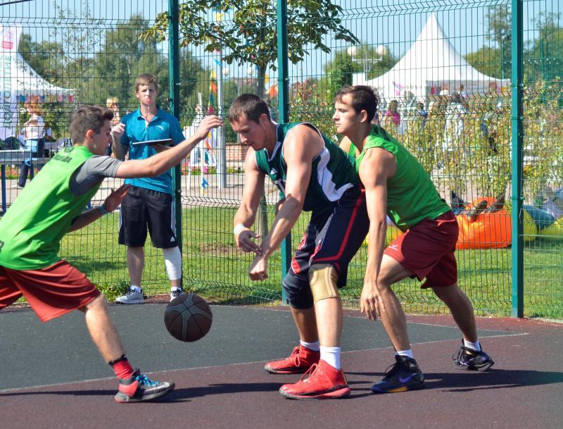 Сборная из Первомайского сыграет в соревнованиях по стритболу. Фото: архив